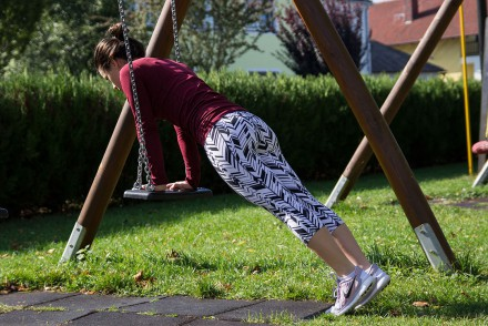 Spielplatzworkout-Outdoor-Workout-Trainingstipp-Schaukel